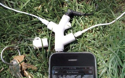 3 way headphone splitters Music Branch 3 Way Headphones Splitters: Berbagi Musik dengan Cara Mudah aksesoris gadget