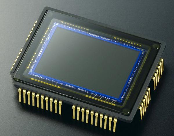 Perbedaan Antara Sensor Gambar CCD dan CMOS di Kamera Digital 3 sensor