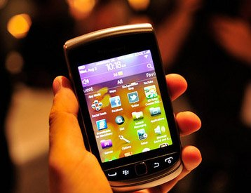 20da harga bb torch 9810 Kelebihan Kuartet BlackBerry Curve 9350, 9360, 9370 dan Torch 9810 smartphone news mobile gadget