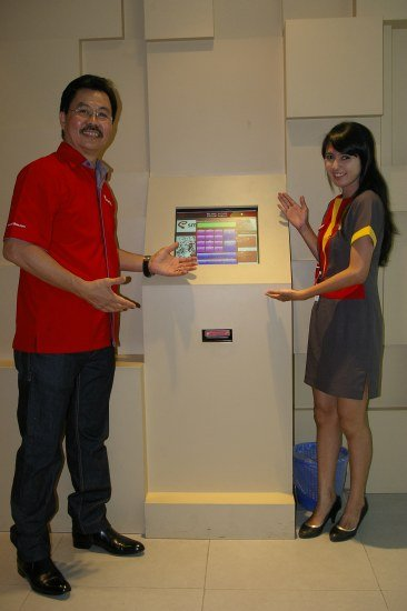 SF08 Smartfren Resmikan Galeri Baru dengan Costumer Experience Zone liputan acara lokal