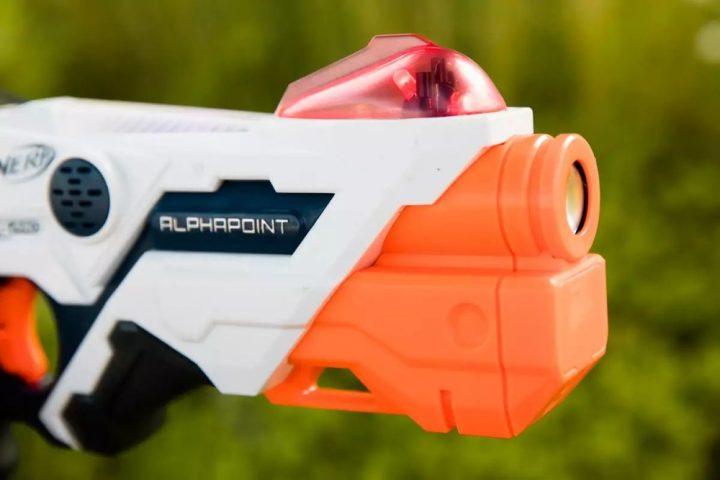 Nerf Laser Ops Pro, Senapan Mainan Canggih dan Terhubung ke Smartphone