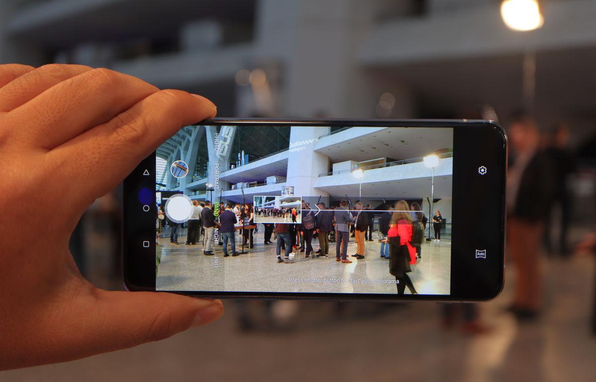 Hands-On : Kesan Pertama ZenFone 6, Ponsel Pertama ASUS dengan Kamera Putar 180°