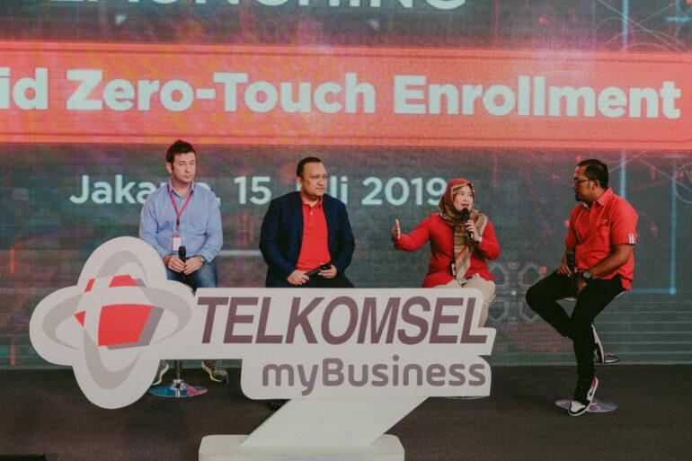 peluncuran telkomsel android zero touch