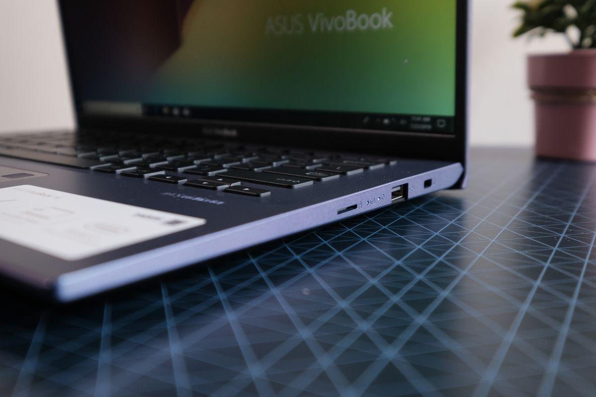 ASUS VivoBook A412FL-3