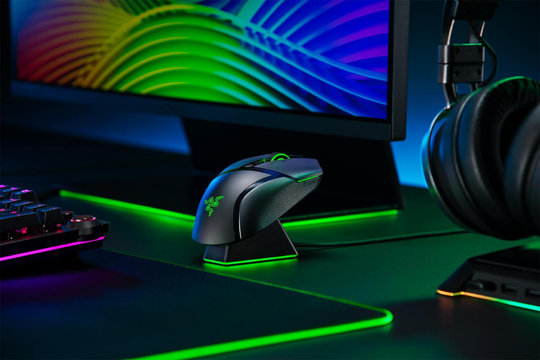 Razer Perkenalkan Duo Mouse Gaming Wireless, Basilisk Ultimate dan Basilisk X HyperSpeed 41 Game Room