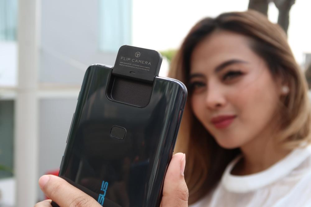 Review Asus ZenFone 6: Smartphone Snapdragon 855 Termurah dengan Kamera Flip 180 Derajat 22 android, asus, Asus ZenFone 6, review