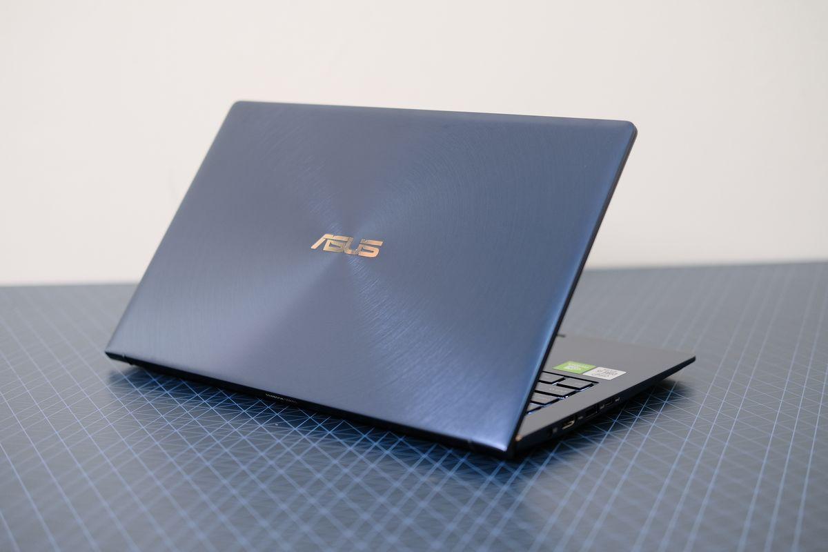 Review ASUS ZenBook 13 (UX334): Laptop Tangguh yang Tipis dan Ringan dengan Dua Layar 2 asus, asus zenbook 13 UX34, harga, spesifikasi