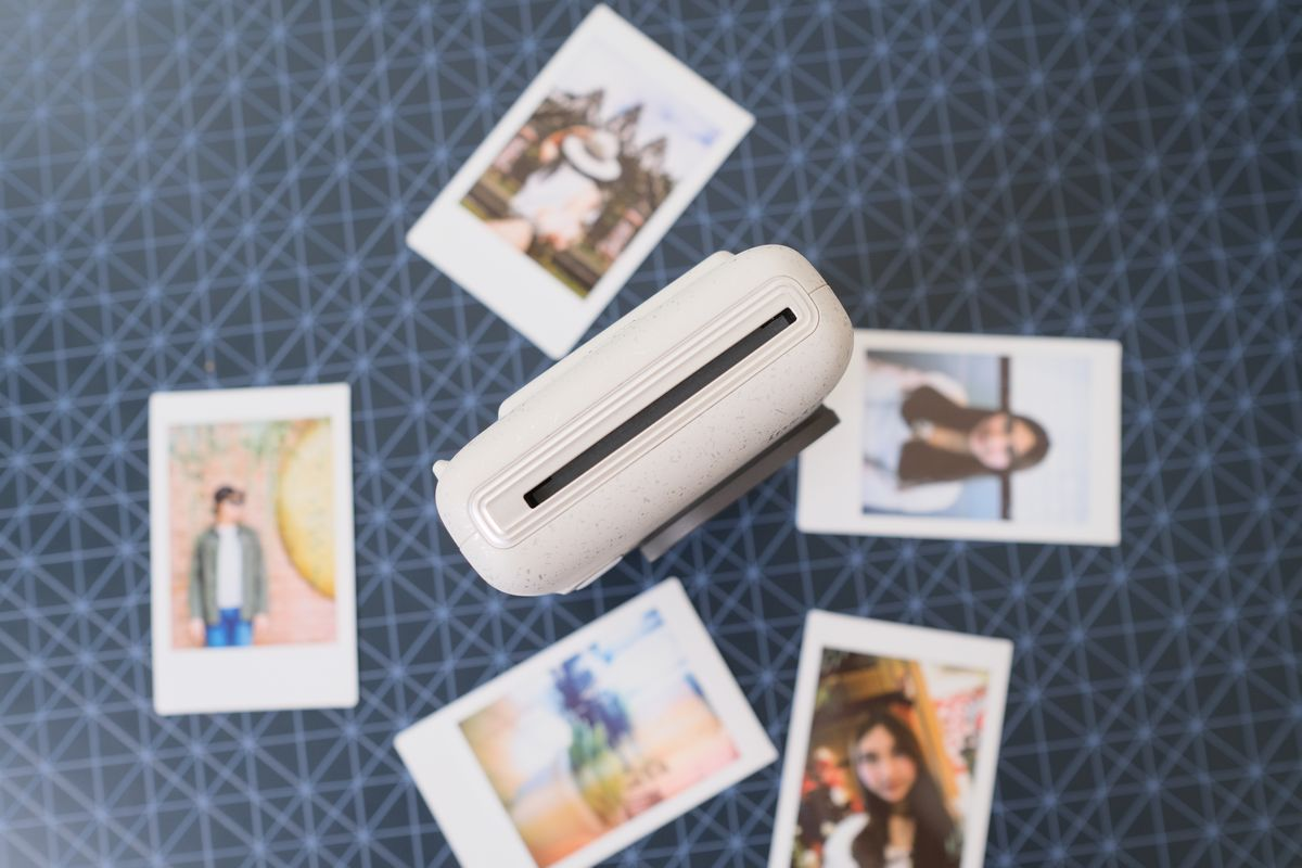 Review Fujifilm Instax Mini LiPlay: Kamera Instan Hibrid yang Bisa Rekam Suara dan Cetak Foto dari Smartphone 19 fujifilm, Fujifilm Instax Mini LiPlay, harga, spesifkasi
