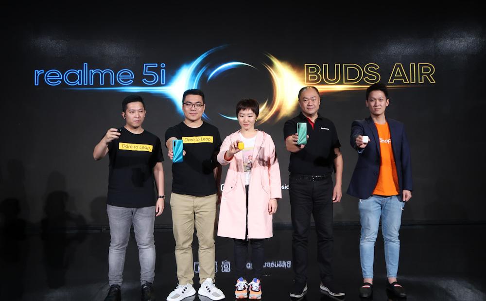 realme Buds Air dan realme 5i Resmi Meluncur di Indonesia 2 android, Realme, realme 5i, realme Buds Air, TWS