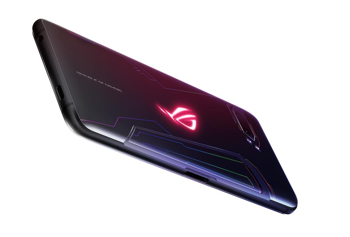 Review Asus ROG Phone II: Smartphone Gaming Terbaik Saat Ini 15 android, asus, Asus ROG Phone II, gaming