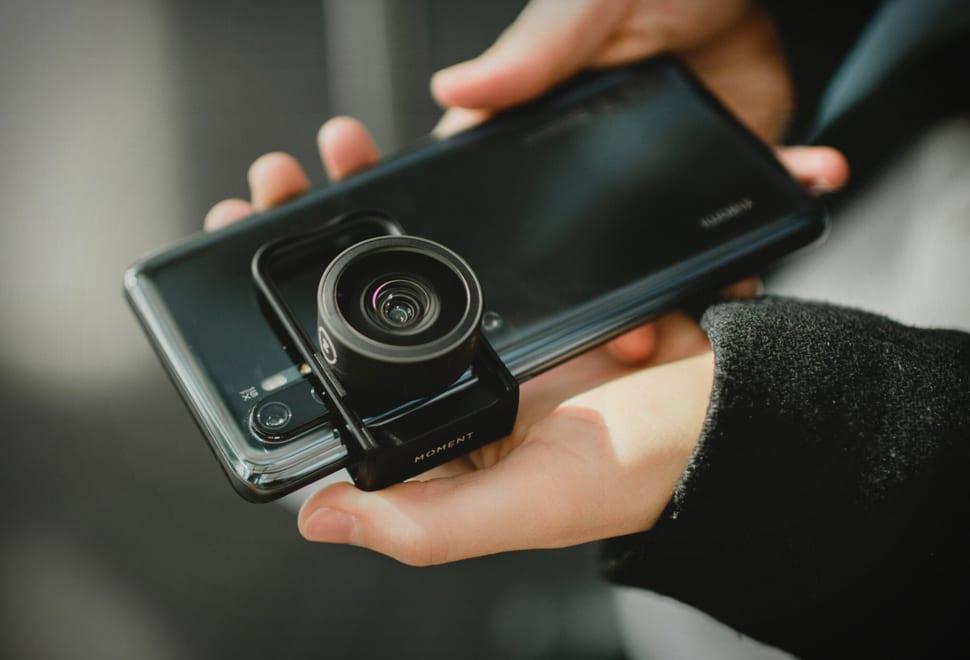 Moment Lens Mount Clip: Permudah Menggunakan Lensa Moment di Semua Smartphone 2 harga, Lens Mount Clip, moment, spesifikasi